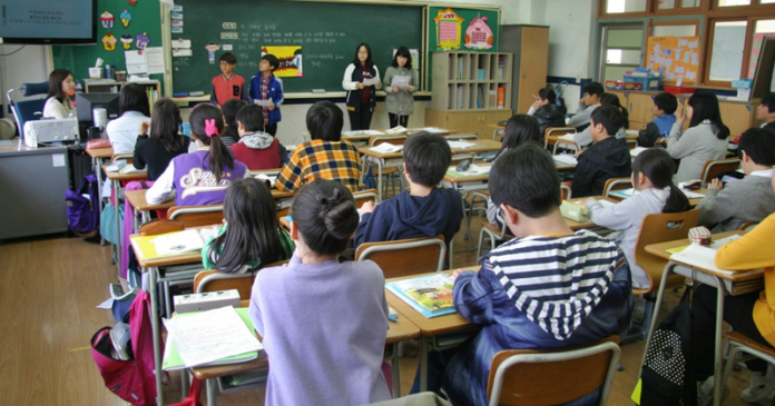 Expat children in Kuwait public schools put pressure on services